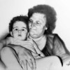 Alessandro Sammaritano | Nonna con nipote | grafite su carta